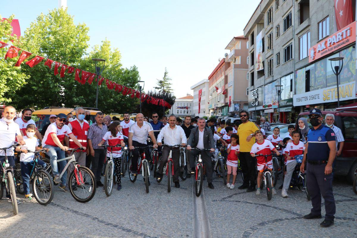 Havza'da Bisiklet Tutkunları 15 Temmuz Demokrasi ve Milli Birlik Günü Bisiklet Turunda Buluştu