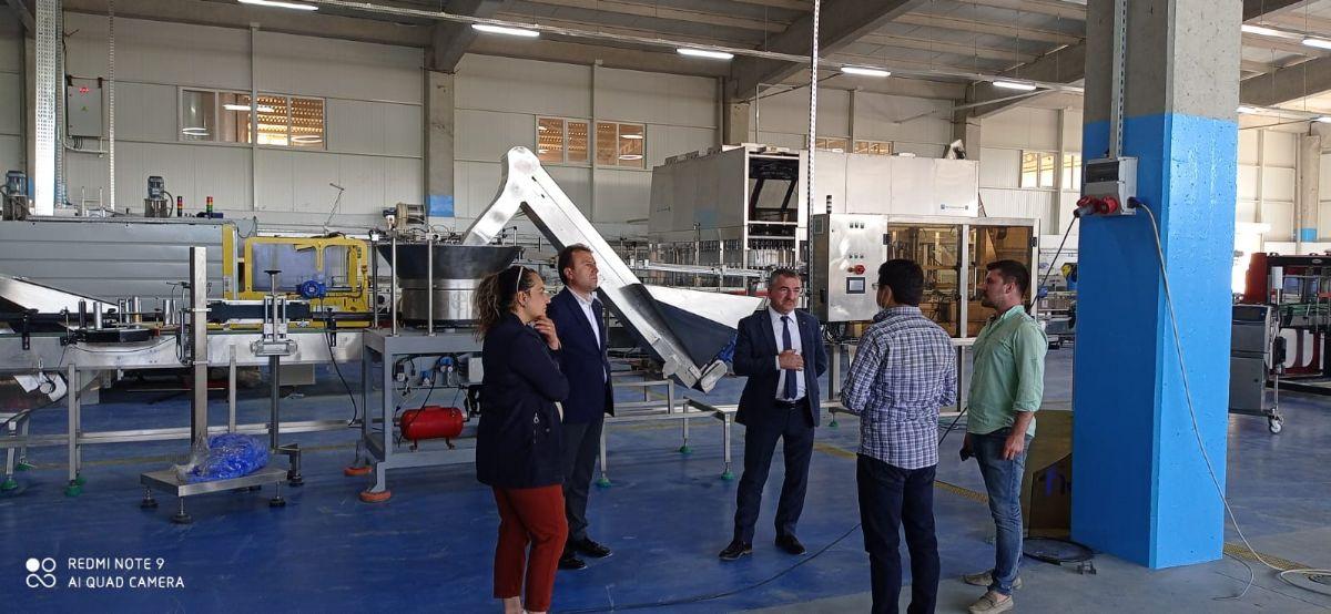 Başkan Özdemir'den İçme Suyu Şişeleme Tesisine Ziyaret