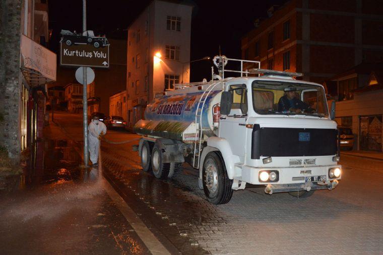 Havza'da Caddeler Dezenfekte Edildi