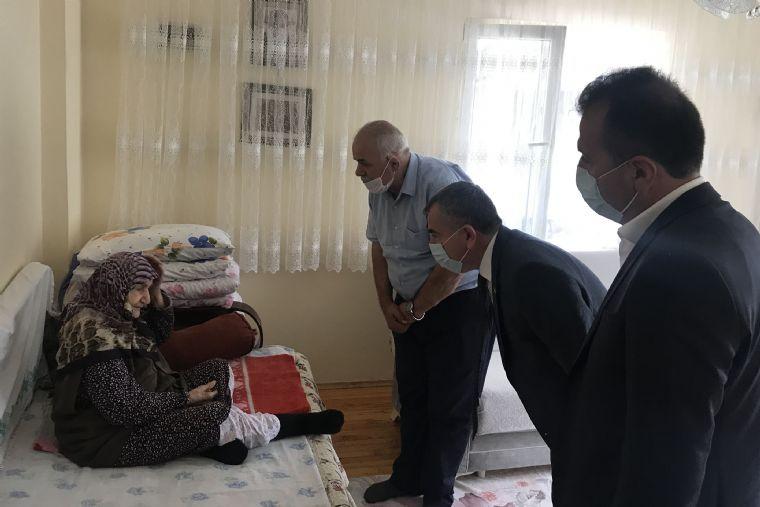 Başkan Özdemir'den Şehit Aileleri Ziyaret